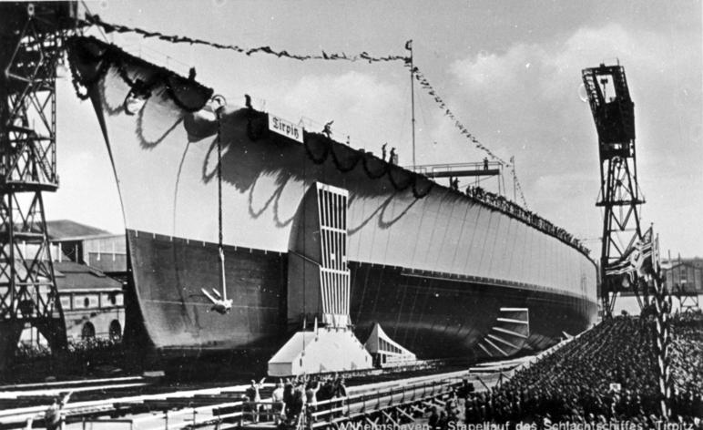 """Stapellauf des Schlachtschiffes """"Tirpitz"""""""